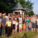Popas catehetic la Viișoara, lângă Troița Sfintei Treimi