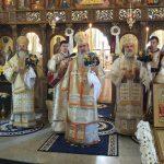 Trei Ierarhi au sfințit Mausoleul Duhovnicesc al Eroilor Reîntregirii Neamului Românesc din Oituz